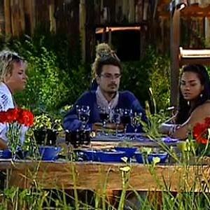 Luiza, Sergio e Melancia têm jantar especial (27/11/10)