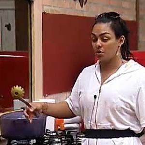 Mulher Melancia prepara o almoço deste sábado (27/11/10)