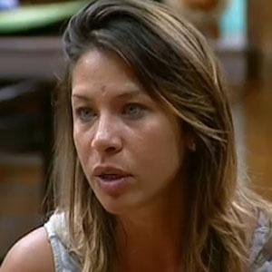 Lizzi Benites suspeita da veracidade das histórias de Janaina em conversa com Luiza (05/12/2010)