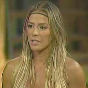 Janaina Jacobina não resiste sua quinta Roça e é eliminada de A Fazenda 3 (09/12/2010)