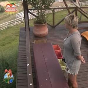 Luiza vai até o mirante para falar com Janaina (9/12/10)