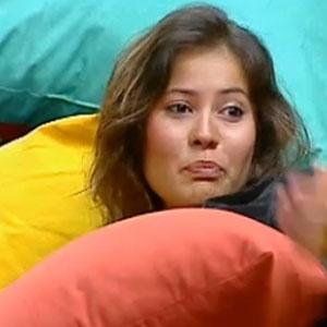 Ana Carolina Dias conversa com Luiza Gottschalk na sala da sede (10/12/2010)