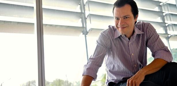 Em Ribeirão do Tempo, Heitor Martinez vive um político vilão nada maniqueísta