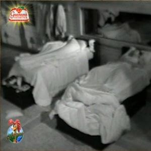 Peões dormem na fazenda (12/12/10)