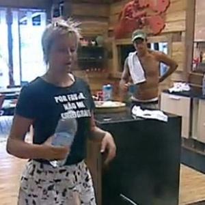 Daniel Bueno e Luiza Gottschalk jogam conversa fora (13/12/10)