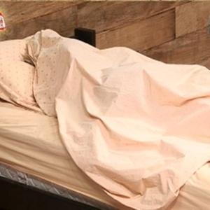 Lizzi descansa antes da final do programa (21/12/10)