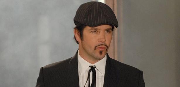 Eleito melhor ator, Murilo Benício interpreta Victor Valentim em Ti-Ti-Ti, eleita a melhor novela na votação Melhores do Ano de PopTevê