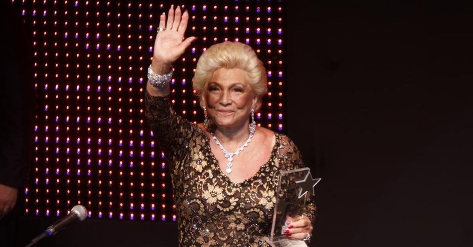 Hebe Camargo é homenageada no Prêmio Extra de 2010 (7/12/2010)