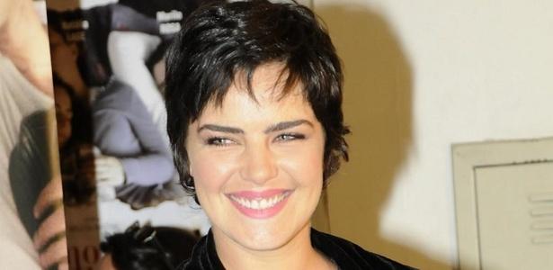 """Ana Paula Arósio na pré-estreia do filme """"Como Esquecer"""" em São Paulo (7/10/2010)"""