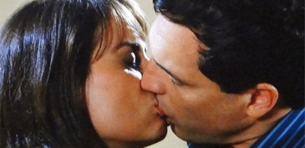 Adriana Prado e Daniel Boaventura em cena de