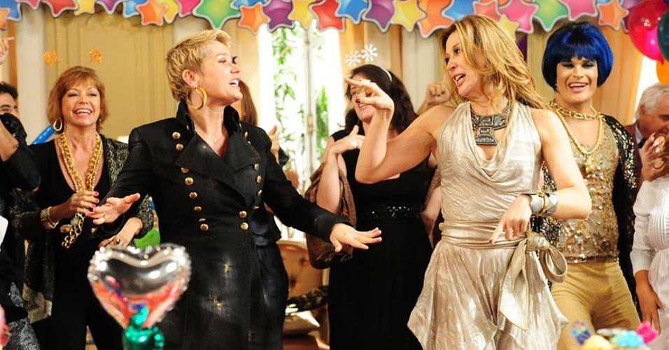 Xuxa e Claudia Raia em cena de
