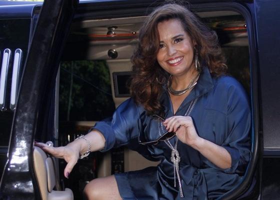 """Suzy Rêgo na gravação de """"Morde & Assopra"""" no Alto da Boa Vista (9/2/11)"""