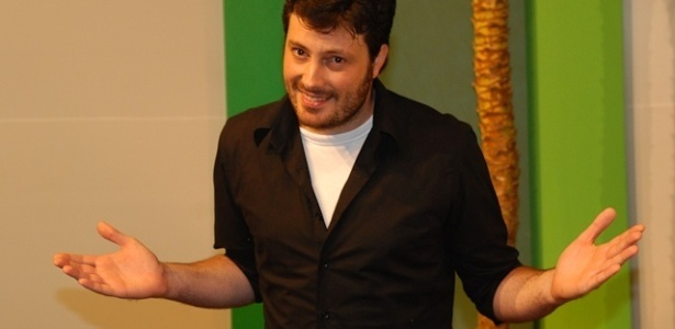 O humorista Danilo Gentili estreia programa solo em maio na Band (1/3/2011)