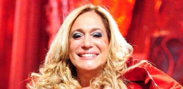 """Suzana Vieira grava cena de """"Lara com Z"""" (25/2/2011)"""