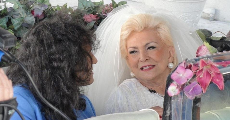 Hebe casa-se com o sósia de Roberto Carlos em Las Vegas (18/2/2011)