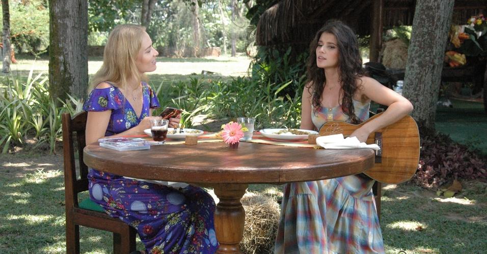 Angélica recebe em seu programa a cantora sertaneja Paula Fernandes no próximo domingo (10/4/11)