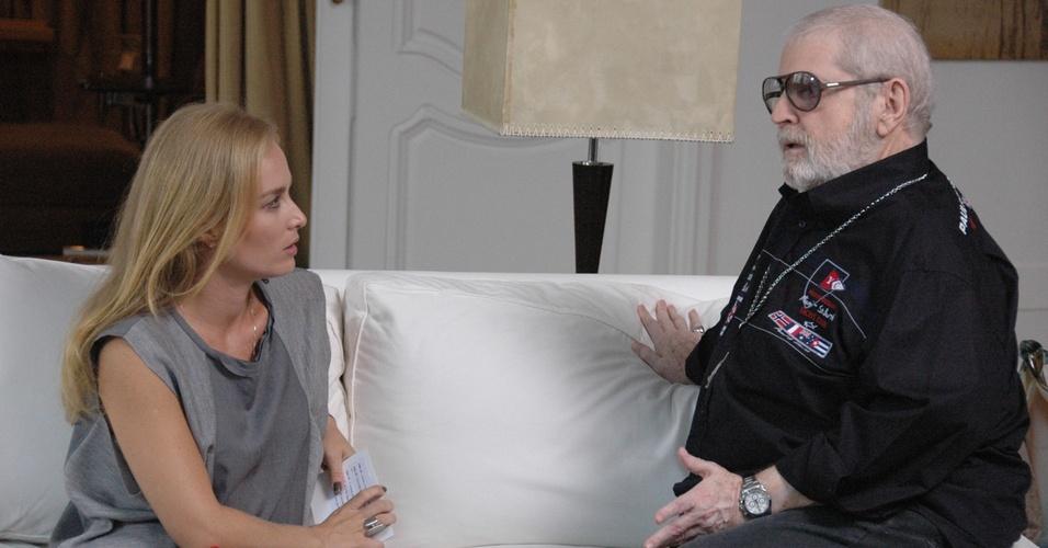 Angélica visita o apartamento de Jô Soares no