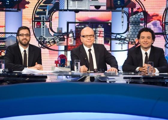 """Rafinha Bastos, Marcelo Tas e Marco Luque dividem a bancada do """"CQC"""" (2011)"""