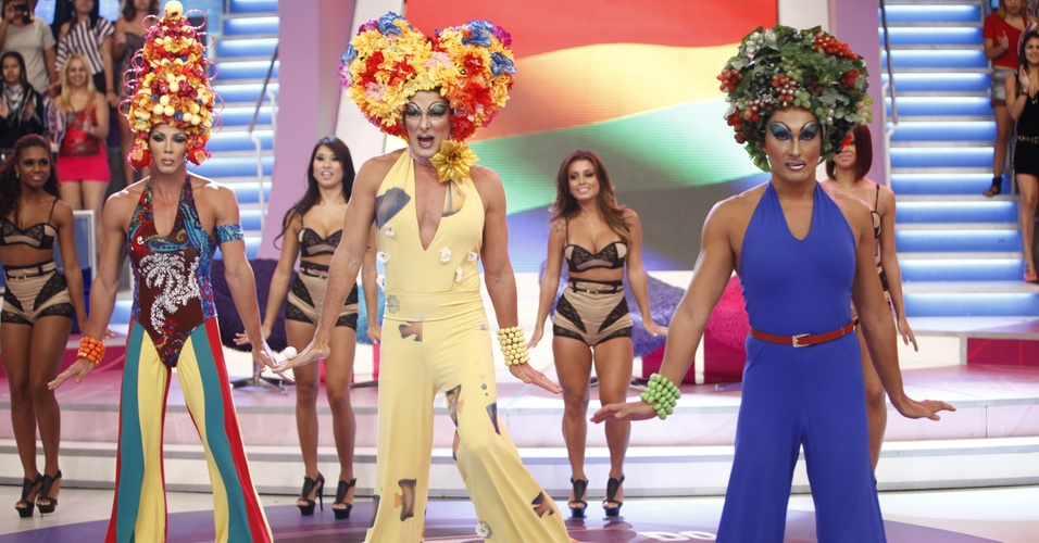 Rodrigo Faro vira a drag queen Priscilla, a Rainha do Deserto, no