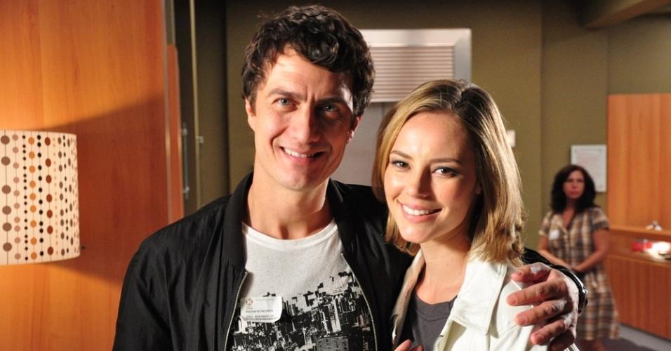 Gabriel Braga Nunes e Paola Oliveira em cena de