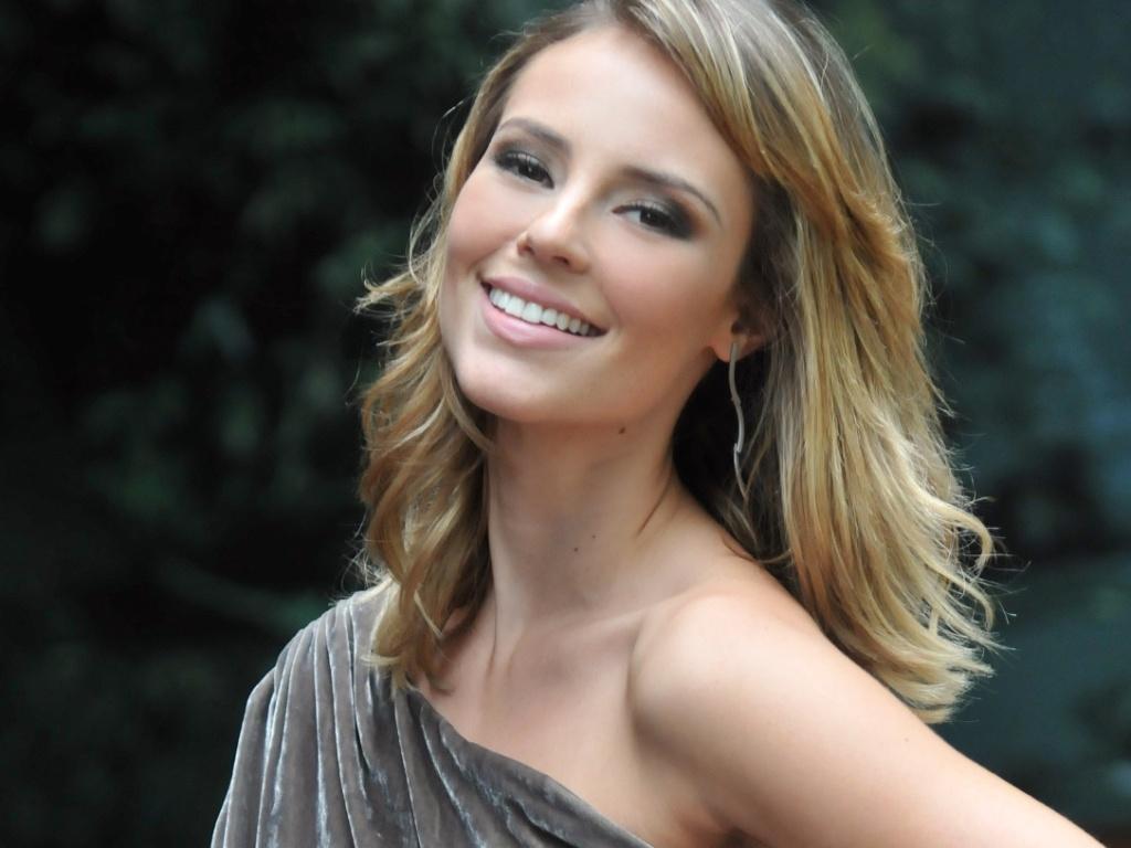 Paola Oliveira fala sobre sua personagem na novela
