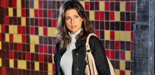 Irene (Fernanda Paes Leme) é atraída para a armadilha de Léo em