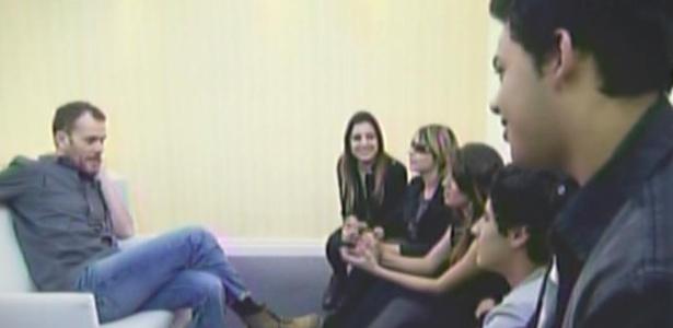 Os seis finalistas de Ídolos encontram o cantor Nando Reis antes de show (15/4/2011)
