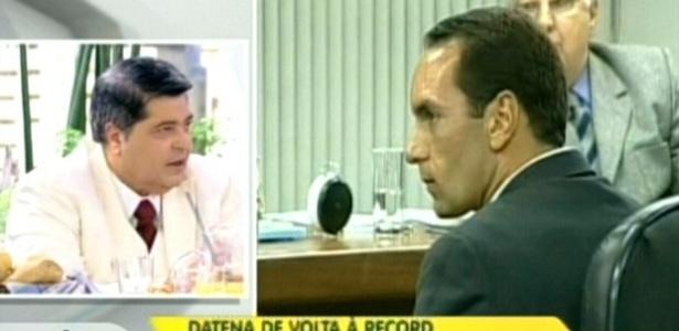 Datena (esq.) defende o ex-jogador Edmundo (dir.) durante participação no