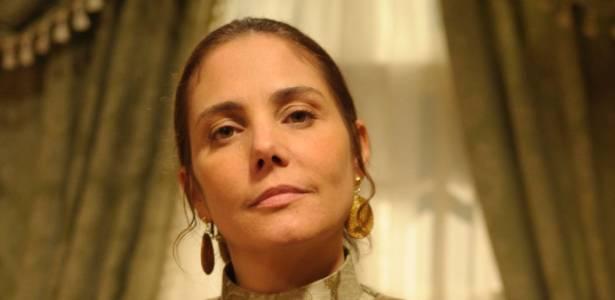 """Neusa (Heloísa Perissé) em cena de """"Cordel Encantado"""" (julho/2011)"""