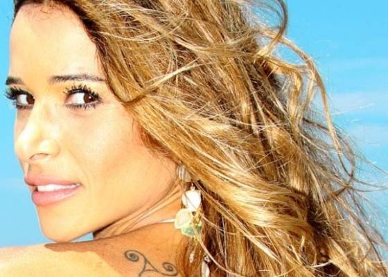 Dany Bananinha, atriz e assistente de palco do Caldeirão do Huck (julho/2011)