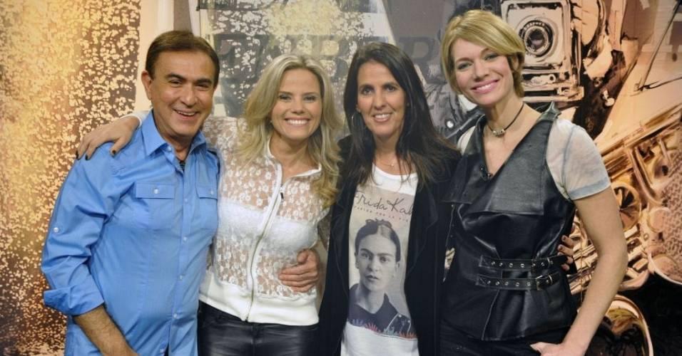 Da esquerda para a direita, Amaury Jr., Maria Cândido, Martha Medeiros e Laura Wie (19/7/2011)