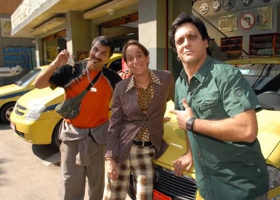 Da esquerda para a direita, Evandro Mesquita, Pedro Cardoso e Lúcio Mauro Filho em cena de A Grande Família (28/7/2011)