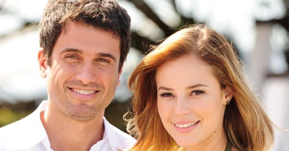 Eriberto Leão e Paola Oliveira em cena de