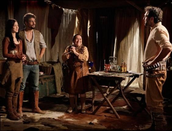 """Da esquerda para a direita, Nathalia Dill, Cauã Reymond, Ilva Niño e Domingos Montagner em cena de """"Cordel Encantado"""" (15/8/2011)"""