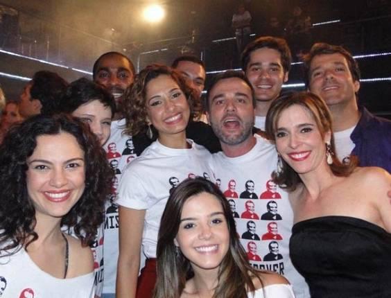 Bruna Linzmeyer, Lázaro Ramos, Camila Pitanga,Marcello Vale, Giovanna Lancellotti e Deborah Evelyn se despedem de