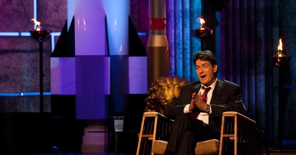 O ator Charlie Sheen durante gravação do programa