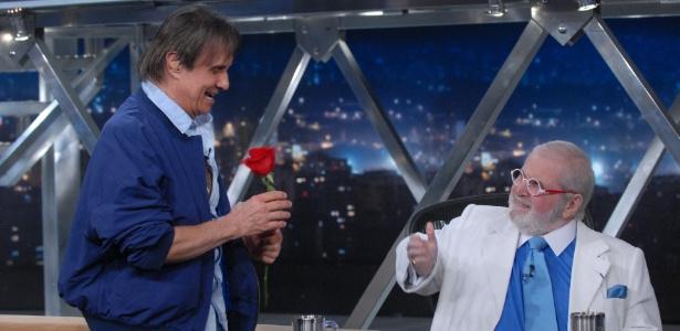 """Roberto Carlos na sua última participação no """"Programa do Jô"""" - TV Globo/ Zé Paulo Cardeal"""