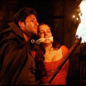 Timóteo coloca fogo em igreja <br>com Açucena dentro