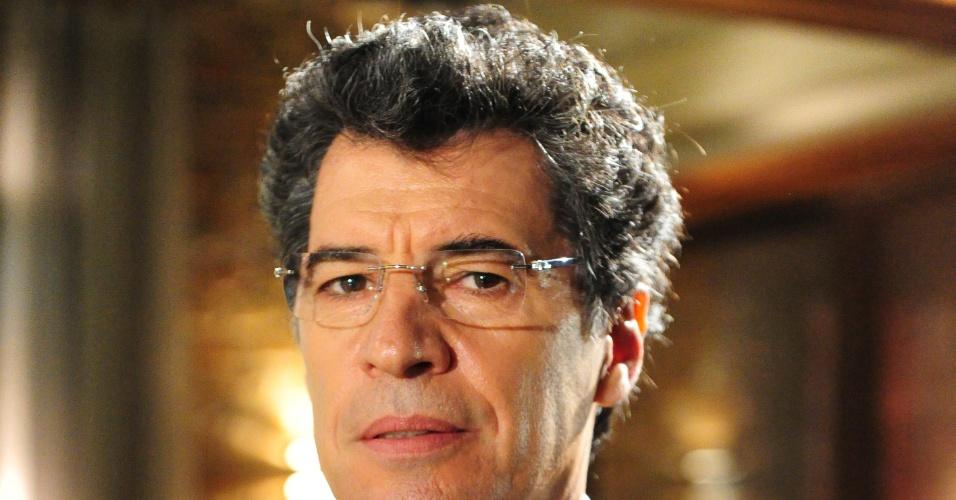 O ator Paulo Betti como Jonas de