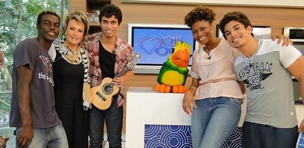 Da esquerda para a direita, Jonathan Azevedo , Ana Maria Braga, Pedro Bernardo, Edvana Carvalho e Douglas Sampaio durante gravação de