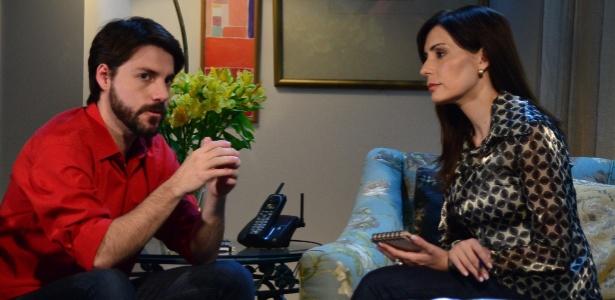 """Diogo Savala, filho de Elizabeth Savala, e Maga Bianchi em cena de """"Marcas da Vida"""""""