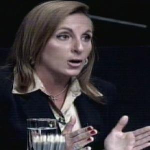"""Ana Carla tenta se defender na sala de reunião de """"O Aprendiz 8"""" (18//11/11)"""