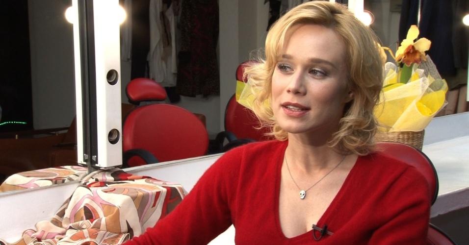 Mariana Ximenes em entrevista sobre o os 60 anos da telenovela