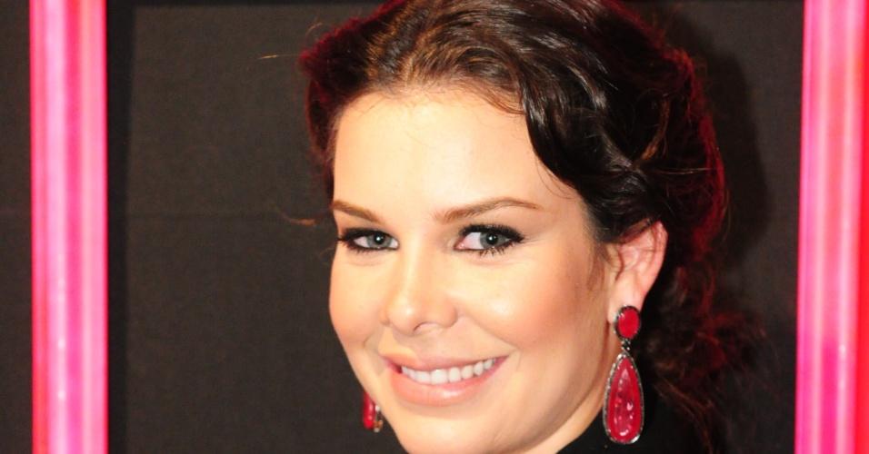 Fernanda Souza em festa de estreia de