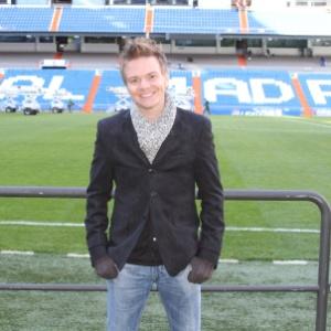 O cantor Michel Teló visita o Real Madrid para um encontro com o jogador Cristiano Ronald (15/1/2012)