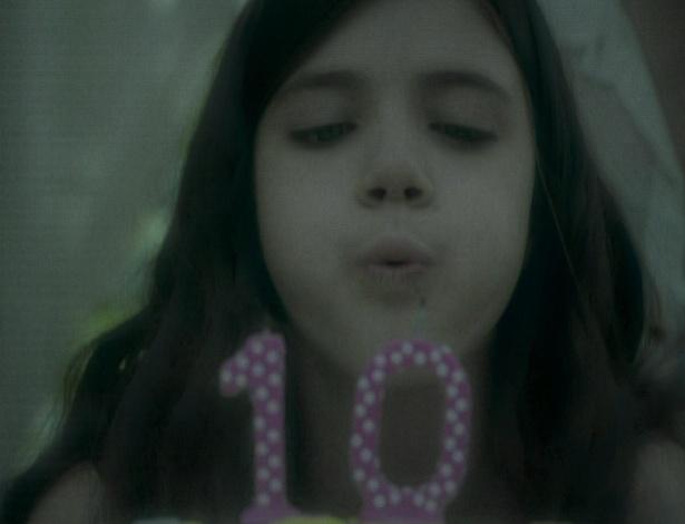 Rodrigo lembra de Ana quando pequena