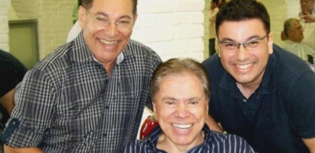 Cabeleireiro Jassa (à esq.) divulga no Twitter novo cabelo de Silvio Santos (8/3/12)