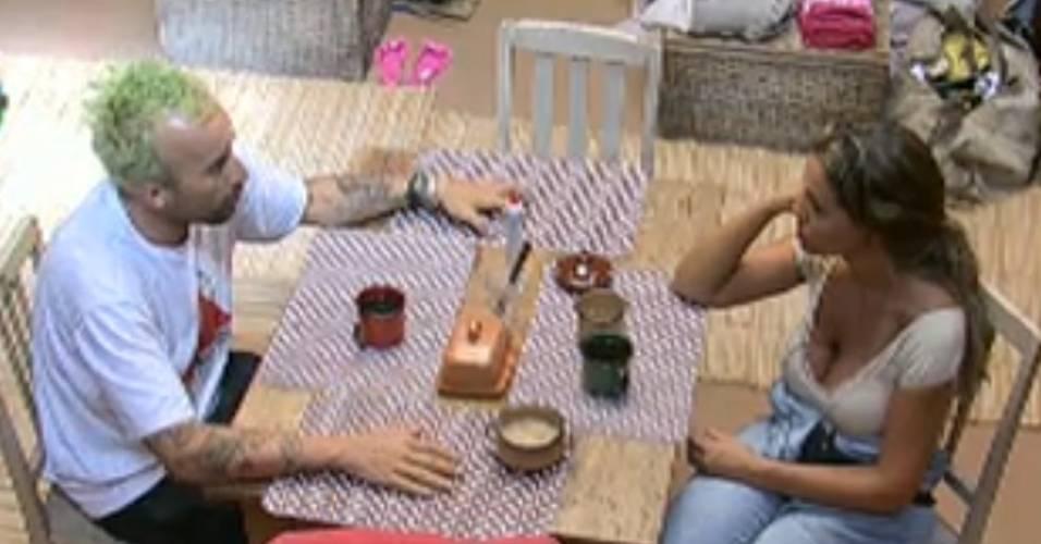 Renata diz para Gui que ele tem imagem de ganancioso (26/7/11)