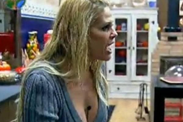 Peões acham que Monique Evans não vai durar muito tempo no reality