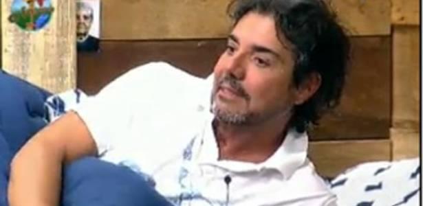 João Kléber fala sobre eliminação (28/07/11)